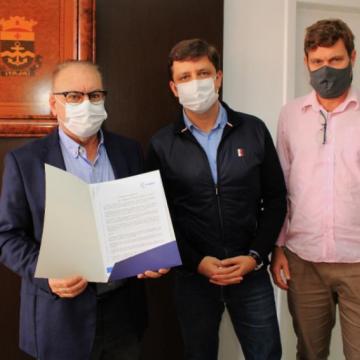 Itajaí, Navegantes e Balneário Camboriú firmam acordo para construção de túnel no Itajaí-Açu