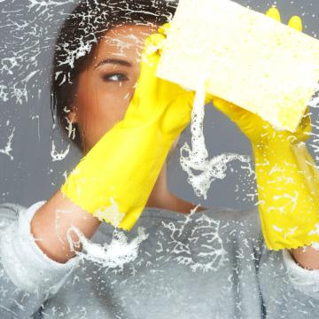 Limpeza de vidros: confira as melhores soluções para as superfícies transparentes